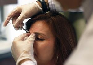 Медики: инъекции ботокса опасны для зрения