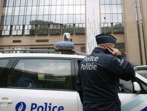В центре Брюсселя обрушился фасад здания, есть жертвы