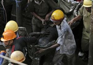 Пожар на нелегальном рынке в Индии: 19 погибших