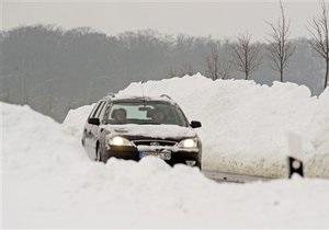 Сильные снегопады парализовали Германию