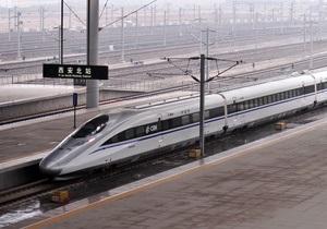 Китайская железнодорожная госкомпания разместит акции на миллиард долларов