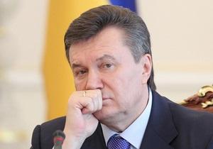 Януковичу напомнили, что он  способствовал варварской застройке центра Киева