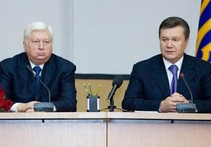 Пшонка: Я не кум Януковича. В детстве в футбол на одной улице не играли