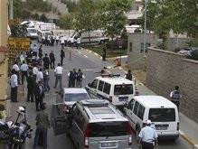 Перестрелка возле консульства США в Стамбуле: убиты шесть человек