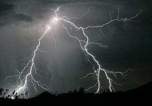 В Полтавской области молния убила мужчину