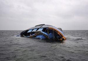 После кораблекрушения у берегов Индонезии более 200 человек пропали без вести