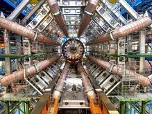 Европейские ученые провели пробные запуски Большого адронного коллайдера