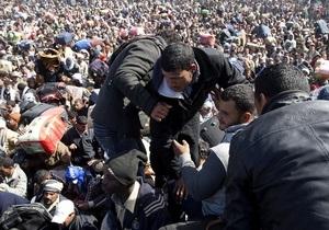 ООН: Тунис не справляется с наплывом беженцев из Ливии
