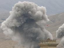 Близ Гори в результате взрыва поезда горят 14 цистерн с топливом