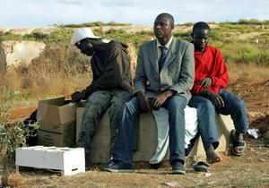 В Малави провели черту между борьбой с безработицей и рабством