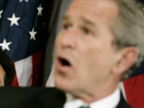Житель Багдада бросил в Буша ботинки