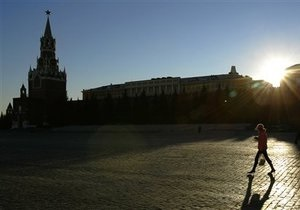У стен Кремля умер японский турист
