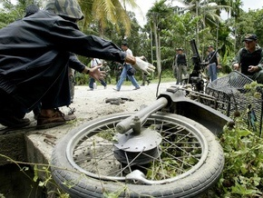 В Таиланде взорвалась прикрепленная к мотоциклу бомба: 17 пострадавших