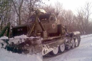 В Украине к расчистке дорог от снега привлечены почти 14 тысяч человек