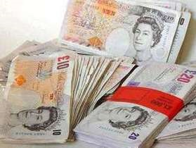 Дефицит бюджета Великобритании достиг рекорда