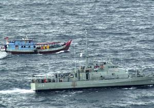 У побережья Австралии затонуло судно с сотнями беженцев