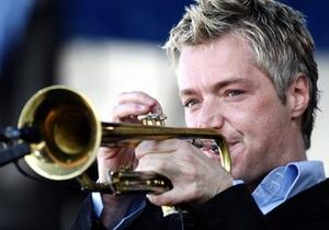 Корреспондент: Дело труба. Интервью с одним из лучших джазовых трубачей мира Крисом Ботти