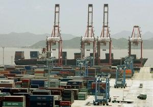 Дефицит внешней торговли товарами Украины в первом полугодии сократился более чем в полтора раза
