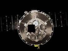 Запущенный тайконавтами спутник передал на Землю более тысячи фото