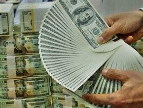 В феврале украинцы купили валюты почти на $1,5 млрд больше, чем продали