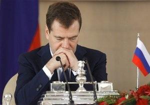 Медведев косвенно упрекнул Путина за высказывания по делу Ходорковского