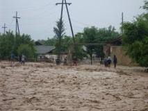 13 человек погибли в селевых потоках на юге Таджикистана