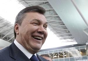 Янукович заявил, что ему нравится ход реформ в Грузии