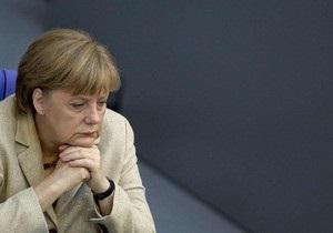 Меркель: В Украине граждане страдают от диктатуры и репрессий