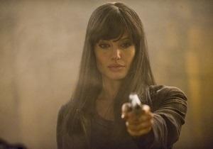Шпионский боевик Солт с Анджелиной Джоли возглавил российский прокат