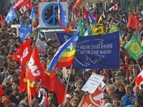 Во Франции осудили 11 противников НАТО