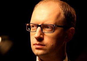 Яценюк: Николай Мозговой навсегда останется в истории украинской песни