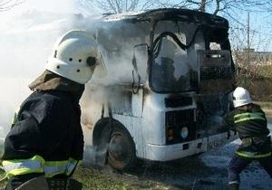 В Житомирской области сгорел школьный автобус, перевозивший детей