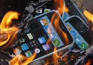 Эксперты: IPad и iPhone стали уязвимы для хакеров