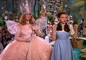Платье из Волшебника страны Оз 1939 года продали за 480 тысяч долларов