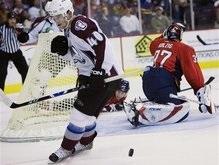 NHL: Безвольное поражение Лавин
