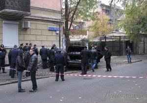 Видеокамера зафиксировала киллера, застрелившего главу брокерской фирмы в Одессе