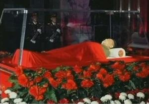 Гражданам Южной Кореи разрешили выражать соболезнования в связи со смертью Ким Чен Ира