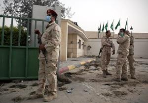 США обвинили Каддафи в раздаче Виагры своим солдатам