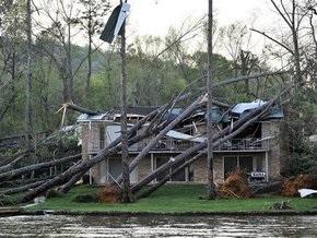 На юге США бушует разрушительный циклон: есть жертвы