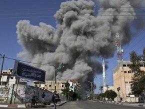 Израиль возобновил огонь в секторе Газа