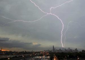 В Буэнос-Айресе четыре человека погибли в результате ударов молнии