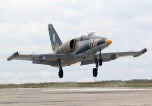 У разбившегося в Харьковской области учебно-боевого самолета при взлете загорелся двигатель