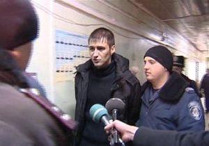 Ландик в суде набросился на журналистов