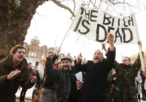 Динь-дон, ведьма умерла: Противники Тэтчер вывели на вершину хит-парадов песню из Волшебник страны Оз