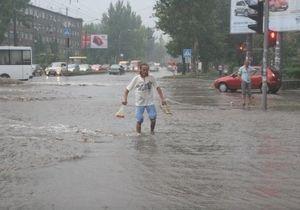 Ураганный ливень затопил Запорожье