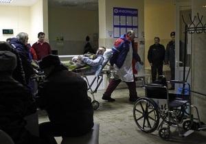 Медведев навестил в больнице пострадавших в результате теракта в Домодедово