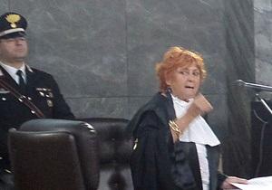 Дело вечеринок Берлускони: Прокурор получила письмо с пулями