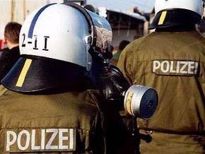 В Германии вооруженный преступник напал на школу