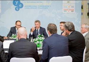 Каськив отреагировал на скандальную ситуацию с испанскими партнерами по LNG-терминалу