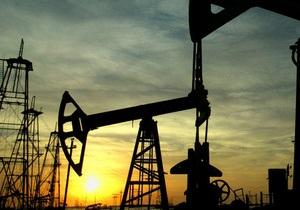 Мировые цены на нефть превысили 100 долларов за баррель